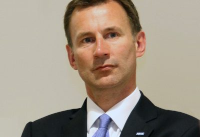 jeremy_hunt_visiting_the_kaiser_permanente_center_for_total_health_700_second_st_washington_usa-3june2013