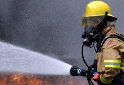 firefighter-593716_960_720