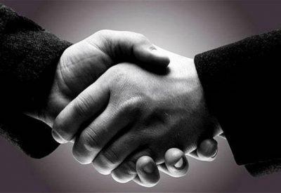 handshake_2947510b (2)